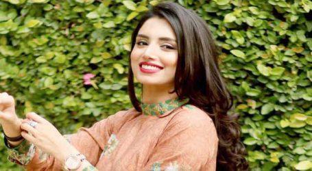 પાકિસ્તાનની ટીમ જીતવા માટે આ યુવતીનો સહારો લઈ રહી છે