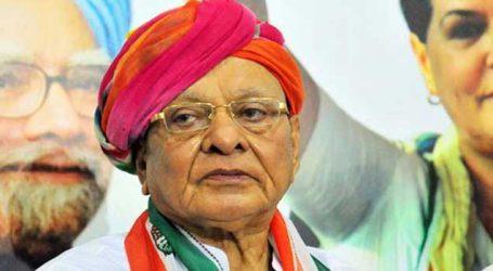દિલ્હી: વિપક્ષના નેતા શંકરસિંહ વાઘેલાની અહેમદ પટેલના નિવાસસ્થાને બેઠક યોજાઇ