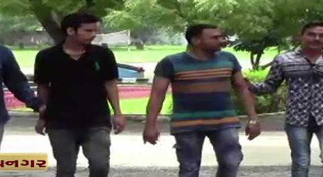 ભાવનગર: ગેરકાયદેસર હુક્કાબાર પર દરોડા, 20ની અટકાયત