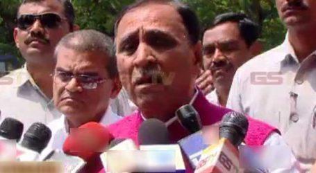 'પેરાશુટ પોલિટિક્સ' પર રાજનીતિ ગરમાઇ, CM રૂપાણીએ કહ્યું રાહુલ ગાંધી ખુદ પેરાશૂટથી આવ્યાં છે