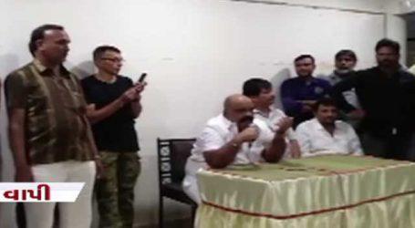 વલસાડ કોંગ્રેસમાં 13 હોદ્દેદારોએ રાજીનામું આપતા ખળભળાટ, કોંગ્રસે ડેમેજ કંટ્રોલ શરૂ કર્યું