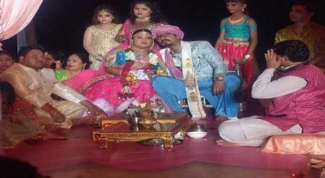 હર્ષ સાથે લગ્નબંધનમાં બંધાઈ ભારતી, જુઓ લગ્નની આ યાદગાર તસવીરો