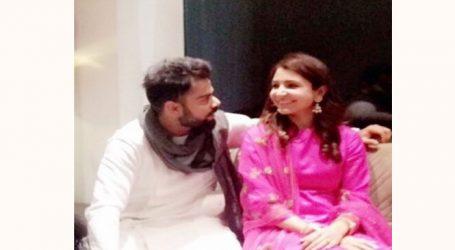 હનીમૂન બાદ સ્વદેશ પરત ફર્યા વિરુષ્કા, આવતી કાલે દિલ્હીમાં ગ્રાન્ડ રિસેપ્શન