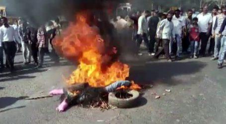 ૫દ્માવતના વિવાદમાં ભડકે બળતુ ગુજરાત : ઠેર ઠેર ચક્કાજામ, રાજ્યમાં ક્યાં શું બન્યું ?