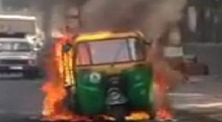 ભરૂચ ગેસ લાઈનની મરામત દરમ્યાન આગ લાગી, એક નાસ્તાની લારી, બે રીક્ષા અને ચાર સ્કુટરો ભસ્મીભૂત