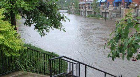 ગુજરાતમાં વરસાદના શ્રીગણેશ : ધોધમાર વરસ્યો, અાગોતરી વાવણી લેટ
