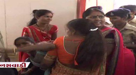 સત્તાભૂખની ચરમસીમા : ભાજપ-કોંગ્રેસની લડાઈમાં હવે લોકશાહીના બદલે મહિલાનું ચીરહરણ