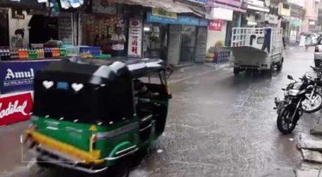 વડોદરા : ડભોઇમાં સતત બીજા દિવસે મેઘરાજાની મહેર થતાં રહિશોમાં આનંદનો માહોલ