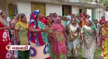 નસવાડી: ભીલ બોરીયાદ ગામે પાણી માટે ગ્રામપંચાયત કચેરીમાં મહિલાઓનો હોબાળો