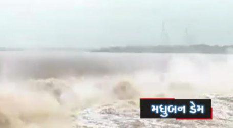 વરસાદથી અંબિકા અને ખાપરી નદીમાં પુરની સ્થિતિ, જાણો અેક ક્લિકે રાજ્યની સ્થિતિ