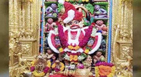 સાળંગપુરમાં હનુમાનજીને સાંતાક્લોઝના વાઘા પહેરાવી ઓનલાઈન દર્શન માટે મુક્યા