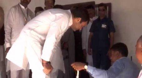 ગુજરાતમાં રાહુલ, સોનિયા, પ્રિયંકાનું થયું આગમન, કોંગ્રેસના નેતાઓએ એરપોર્ટ પર આવકાર્યા